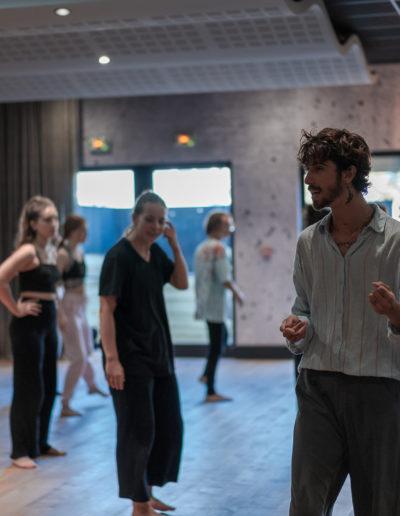 Efferv&Sens 4_Workshop Danse Vogue FEM avec Vinii Revlon